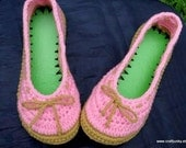 Ladies size 71\/2 to 8 Crochet Indoor Slippers (slip-ons with rubber foam sole)