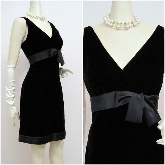 Vintage 60s Suzy Perette Shelf Bust Velvet and Satin Cocktail Dress Mad Men
