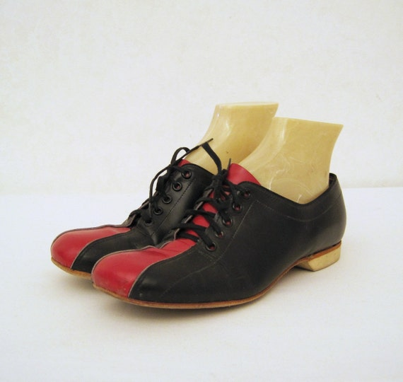60s Shoes Vintage Two Tone Bowling Shoes Oxfords Lace-up 7.5 8