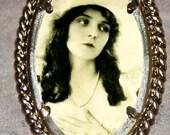 Olive Thomas Frame Pendant