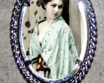 Victorian Beauty in Geisha Robes Frame Pendant