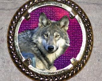 WOLF Frame Pendant