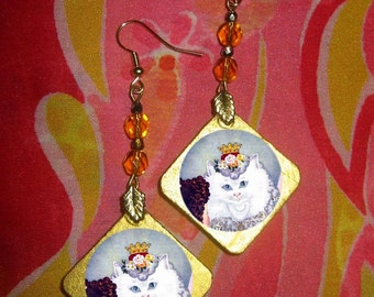 QUEEN OF THE CATS - Persian -  Beaded EARRINGS
