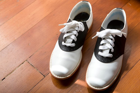 1960's Black and White Saddle Shoes Oxfords 8 M
