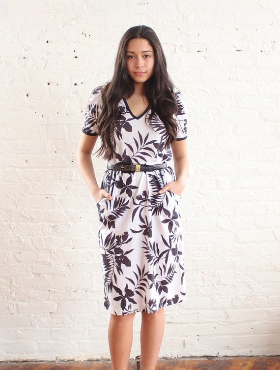 floral dress black and white (s-m)