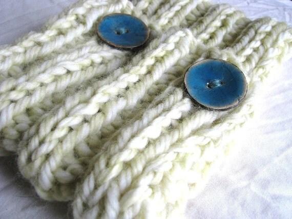 SALE - Lemon Thyme Hand Knitted Chunky Soft Warm Cowl
