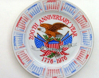 Vintage USA Bicentennial Plate / 1976 Calendar - Collectible Plate, 1776, White, Red, Blue, Eagle, E Pluribus Unum, American Flag