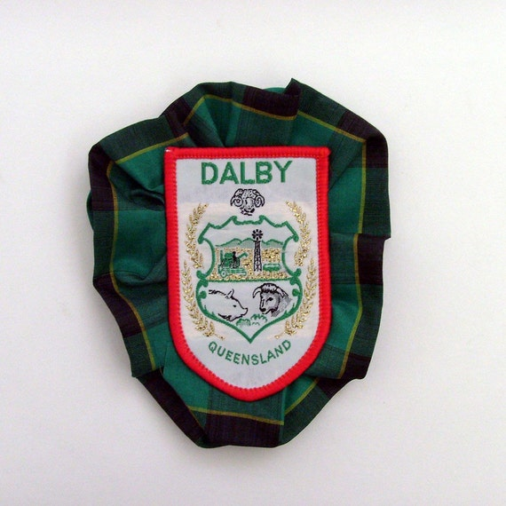 Dalby Queensland Plaid Brooch - Lapel Pin / Textiles Brooch / Red, White, Green Brooch / Australia Badge Accessory / OOAK / Gift Under 20