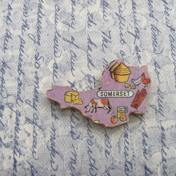 SOMERSET ENGLAND Brooch - Lapel Pin // Pale Purple // Upcycled 50s UK Wood Puzzle Piece