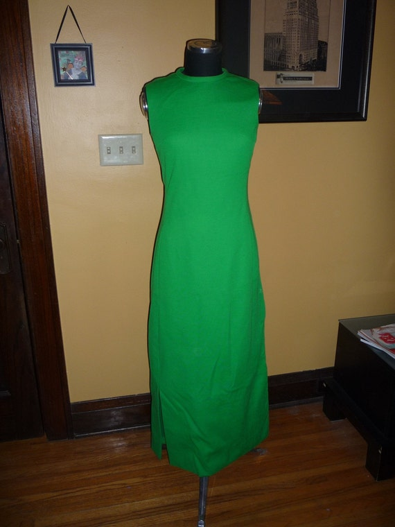 Stunning Vintage Kelly Green Fitted Maxi Dress