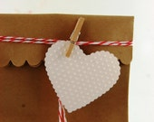 Pretty Packaging Valentines Scalloped Heart Tags Kit