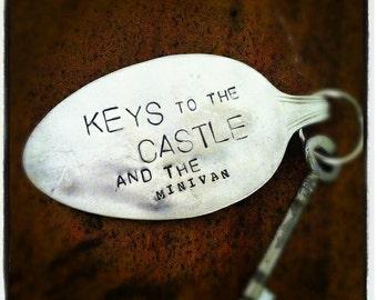 Keychain Keys the the castle and the minivan (E0204)