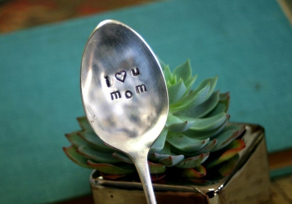 I Heart You Mom Mothers Day Spoon with Muslin Bow