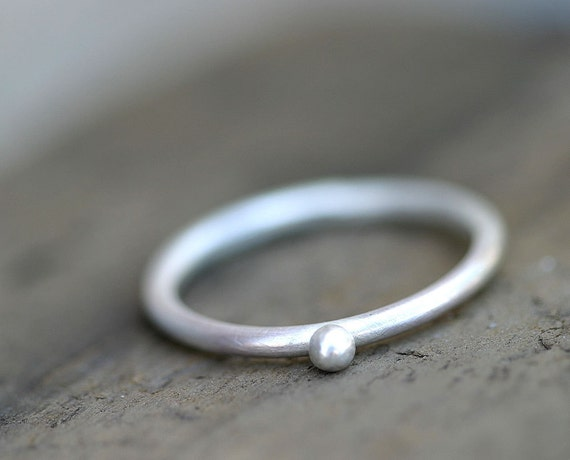 Pebble ring simple stacking ring (E0228)
