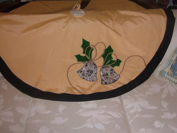 CHRISTMAS TREE SKIRT.  Original Hand Sewn Decoration,  Price Cut  Free Shipping
