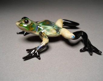 Hand blown hand made glass Frog sculptured art work.