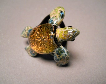 Sea Turtle Ring with Redish Orange Dichroic Coloring blown glass sea turtle
