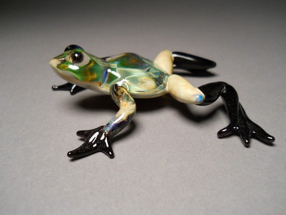 Hand blown hand made glass Frog sculptured art work.