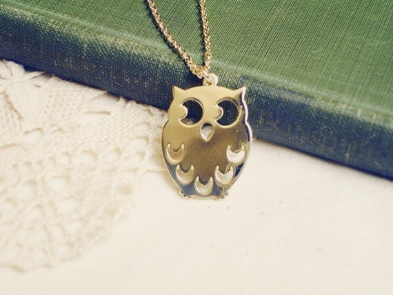 sleepy cloud - sweet gold owl necklace.