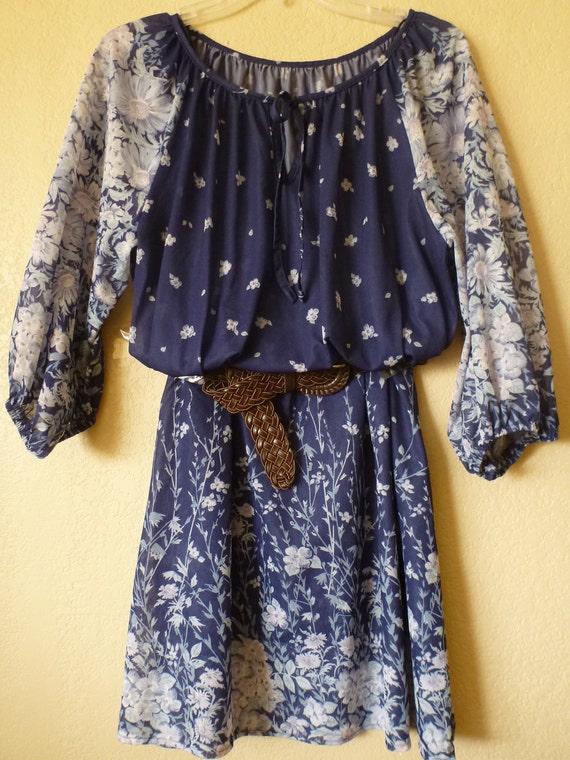 vintage boho/hipie floral blue sheer dress. Size M-L