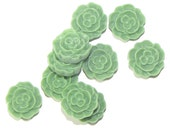 FC1201-23 --- Flower Cabochons - small 12mm - 10pcs - Asparagus