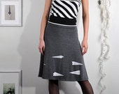 Soft Jersey Knee Length Skirt-Never say goodbye to paper airplane-size Extrea Large