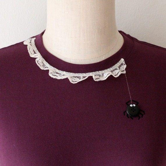 Handmade Applique Cotton Plum T-shirt -Spider's lace - size Medium