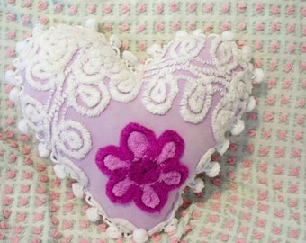 Beautiful PURPLE & WHITE  Floral Tufted Vintage Chenille HEART Pillow