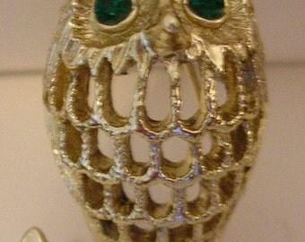 Vintage Signed GERRY Gold Metal OWL Bird PIN Brooch Open Work Sale