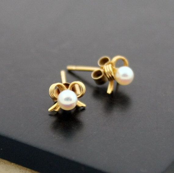 Vintage 9K Gold Pearl Earrings, 9CT Gold Bow Studs