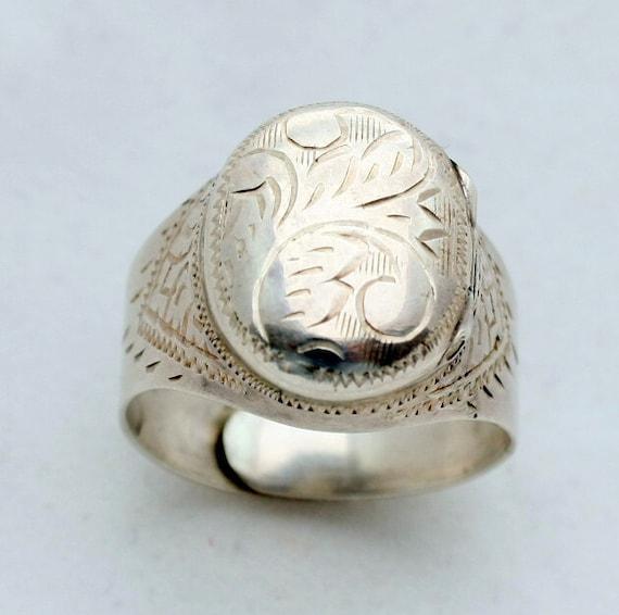 Vintage Victorian Style Locket Ring, Sterling Silver, Adjustable