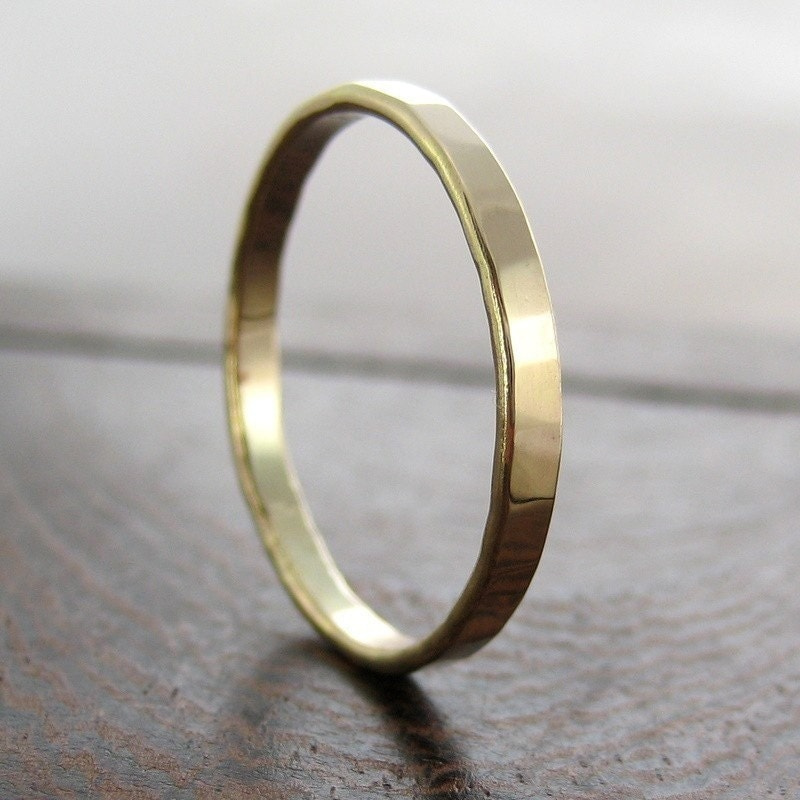 14K Yellow Gold Ring 2mm Faceted Texture Wedding Band Sea