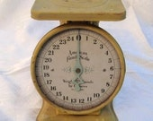 Vintage Scale - Shabby Chic Home Decor