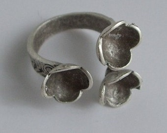 1 pc -Matte Silver Plated ROSE Ring base with three holes-9 mm-(407-008SP)