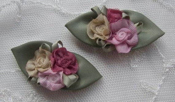 12 pc Handmade shabby chic boutique satin rosette rose flower applique green leaves baby bow barrette reborn doll