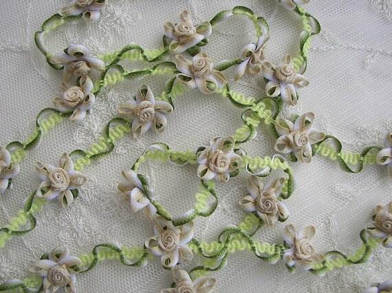 Beige Tan White Grosgrain Ribbon Fabric Flower Trim Scrapbook Baby Dress Doll Quilt Embellishment