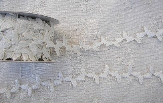 3yds Creamy Ivory Butterfly Trim on a Vine Scrapbooking Card Making Baby Bridal