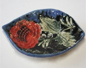 Soap Dish with Lace Red Rose  Embossed Decoration
