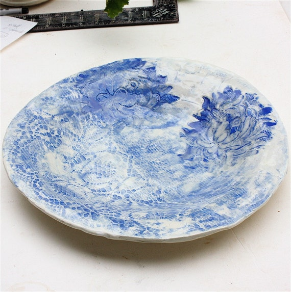 Blue and White Platter with Embossed Lace Decoration