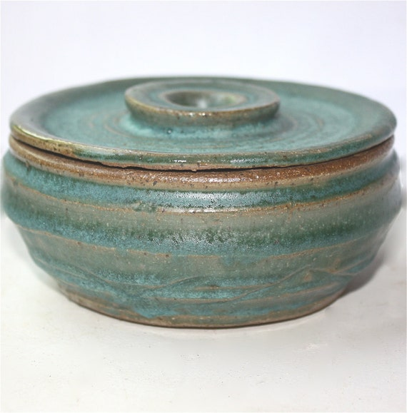 Lidded Shaving Bowl in Cerulean Stoneware