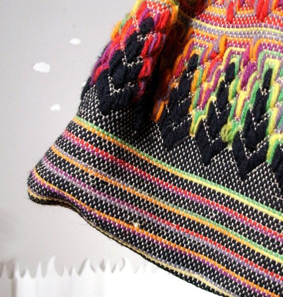 SALE Vintage purse bohemian psychedelic ikat fiber purse Pulling Threads