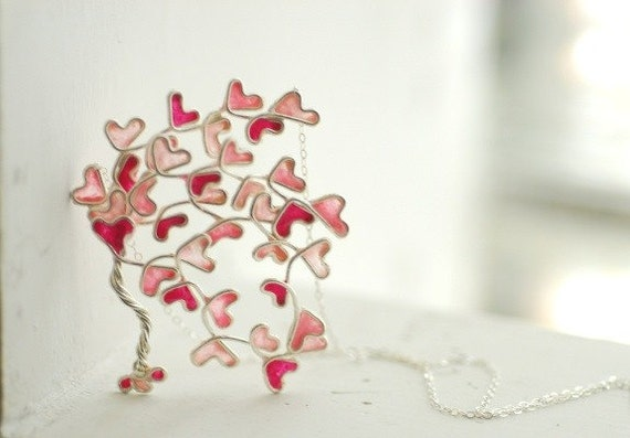 Family Tree Necklace, Mothers Day Gift, Heart Love Pendant