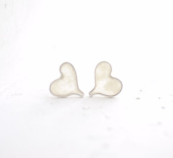 Snow White Heart Post Stud Earrings, 1st Anniversary Gift Paper Jewelry I Carry Your Heart Jewelry, Valentines Day Gift Unique, Minimalist