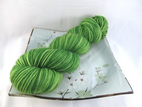 Sock Yarn - Green Apple - Pebble Sock