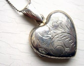 Etched Sterling Silver Puffy Heart Locket Pendant Necklace w Chain Sale Vintage