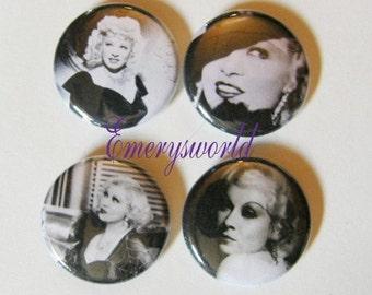 Mae West 1 inch 4 button Set no.1