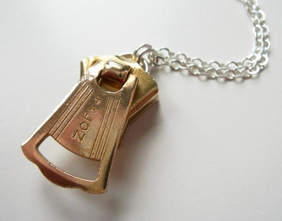 1930s Brass Petal-Shaped Vintage 'Talon' Zipper Slide Pendant