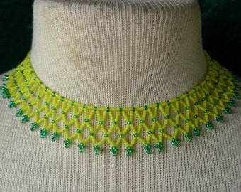 Daffodils Netted Weave Beaded Choker in Yellow & Green Adjustable Length OlyTeam