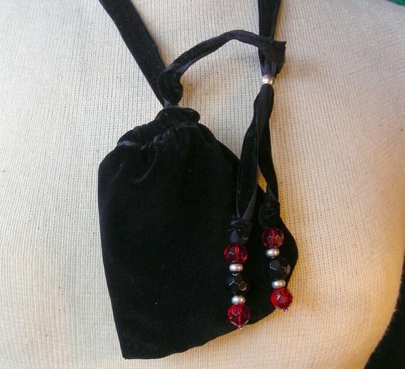 Reversible Pouch - Red / Black Velvet - Medium Size 12 x 8 cm. (4 3/4 in. x 3 1/4 in.) - OlyTeam
