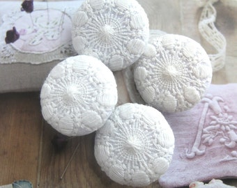 """Fabric Covered Buttons, Large White Victorian Floral Lace Wedding Fabric Buttons, Wedding Fridge Magnets,Flat Back, 1.25"""" 4's"""